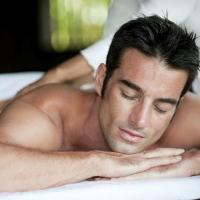Как делать мужу массаж: часть 1