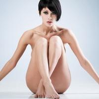 Как избавиться от волос в области бикини?