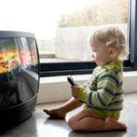 Как влияет телевизор на зрение детей