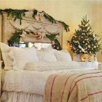 Украшаем спальню к новому году