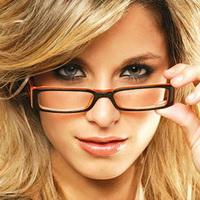 Как правильно подобрать макияж под очки