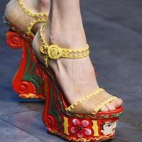 kakaya-obuv-v-mode-etim-letom