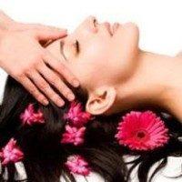 Массаж головы снимет боль и напряжение