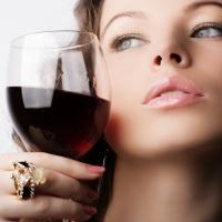 kak-pit-krasnoe-vino